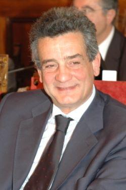 Elezioni 2011: Arezzo, Giuseppe Fanfani confermato Sindaco