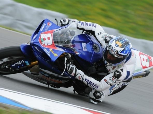 Moto: cronaca della gara del pilota di Castiglione del Lago Andrea Antonelli a Monza