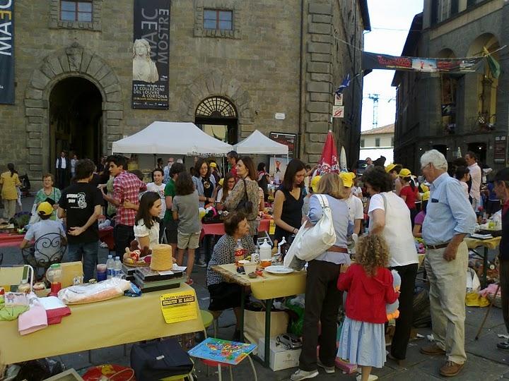 Cortona: mercatino del Calcit, le foto