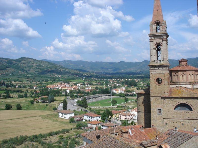 Comuni alla gogna: Aisa chiede due milioni di euro a Castiglion Fiorentino