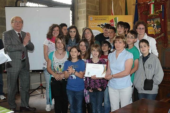 Premio Fair Play Mecenate: consegnate le borse di studio per gli studenti vincitori. Vedi le foto