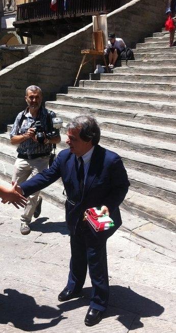 Brunetta celebra un matrimonio a Cortona