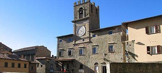 Riecco il Tuscan Sun... l'astronave marziana a Cortona