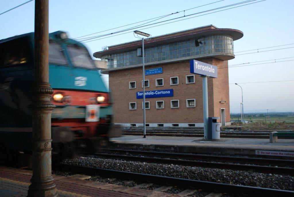 Treni: ripristinato l'intercity delle 6 e 50 per Roma, boccata d'ossigeno per i pendolari della Valdichiana