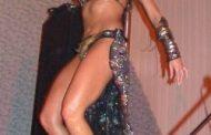 A far l'amore comincia tu che vuò fa' l'americano, io danzo kuduro
