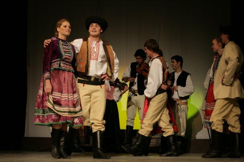 Foiano: Tappa finale del Festival Europeo di musica e danza popolare
