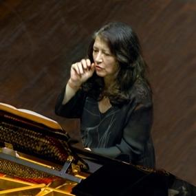 Tuscan Sun Review (1):Una bella prima ma la stella Argerich non brilla, anzi non può brillare