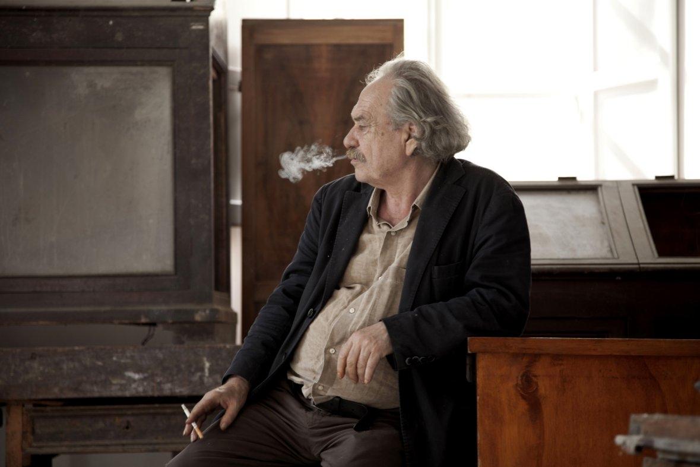 Kounellis già al lavoro a Cortona: un'installazione per l'Antiquaria