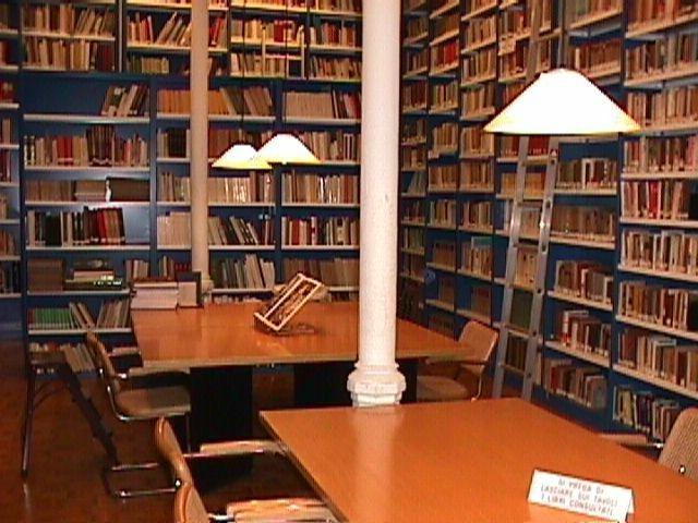 Alla riscoperta delle Biblioteche Comunali: perchè no?