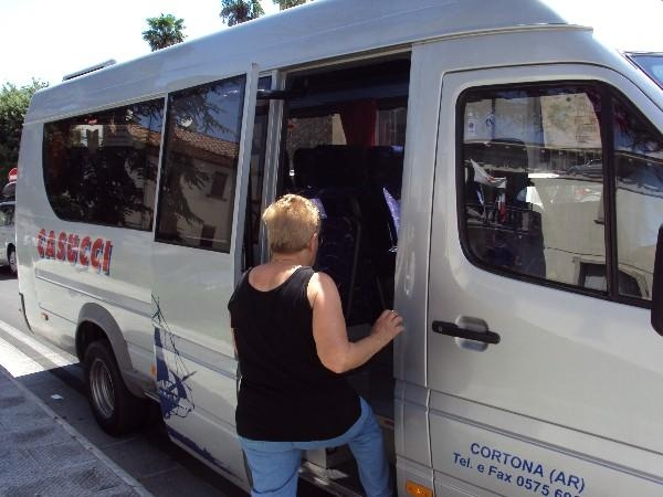 Monte San Savino: ripristinato il servizio di bus-navetta per il mercato