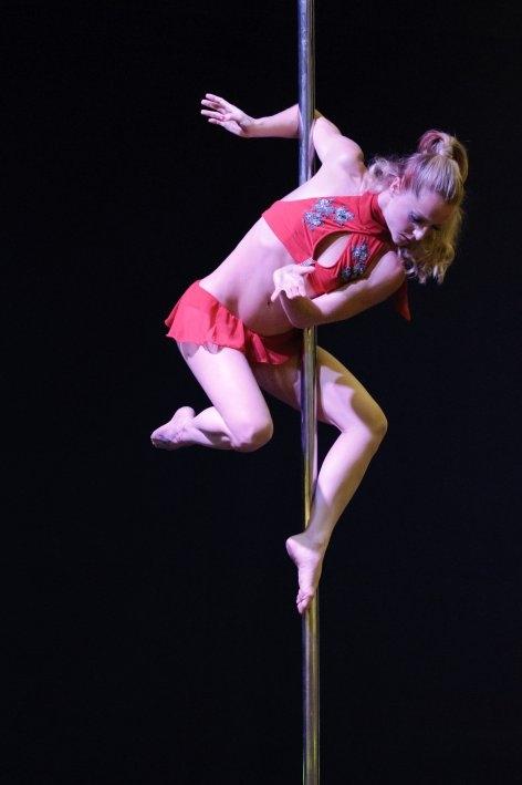 Lo spettacolo di Sara Brilli accende i mondiali di pole dance a Rio
