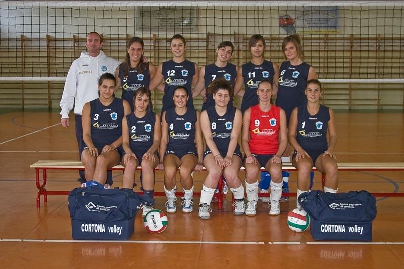 Eccezionali le ragazze del Cortona Volley: battuto anche Volley Valdarno