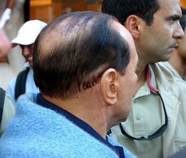 Via Berlusconi, riecco l'Impero del male