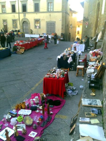 A Castiglioni l'Armadio in Piazza