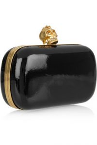 Alexander_McQueen_Punk_Skull_glossed-leather_box_clutch_895