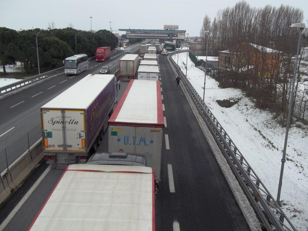 Chiusa autostrada  A1 tratto Valdichiana-Fabro direzione sud