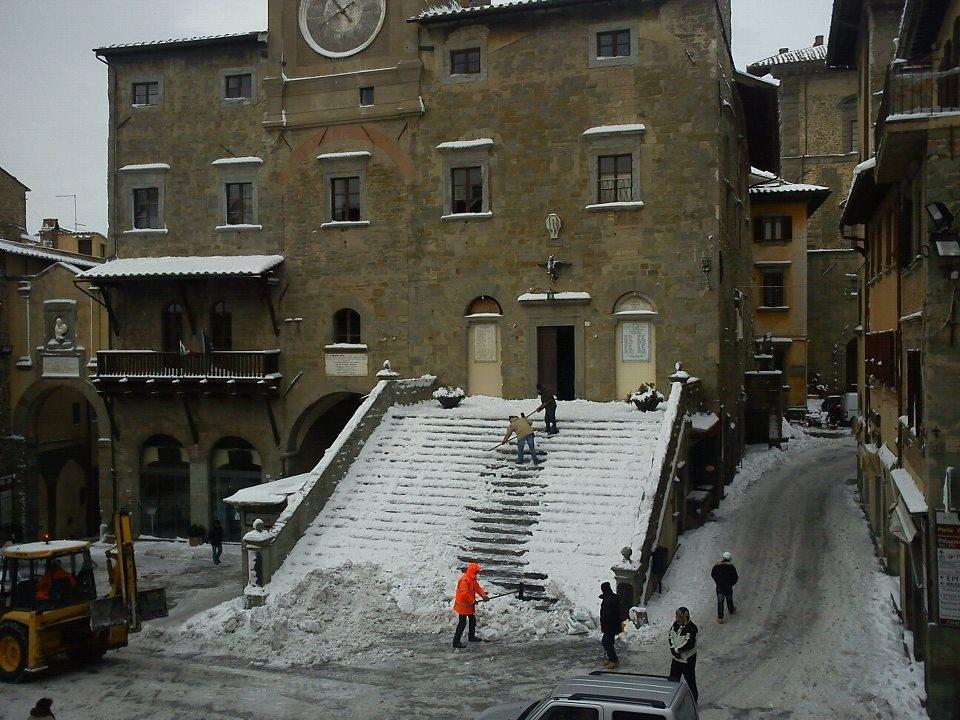 Cortona, disagi per neve e ghiaccio, la Lega attacca l'amministrazione comunale