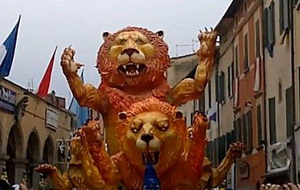 Carnevale di Foiano nel guinness. Domenica prossima il verdetto sui carri