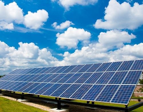 Le incertezze e non i tagli sono la tomba del fotovoltaico