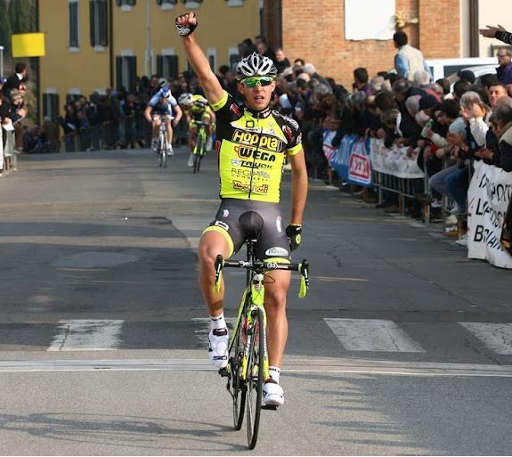 Ciclismo: il foianese Nicola Testi convocato in nazionale