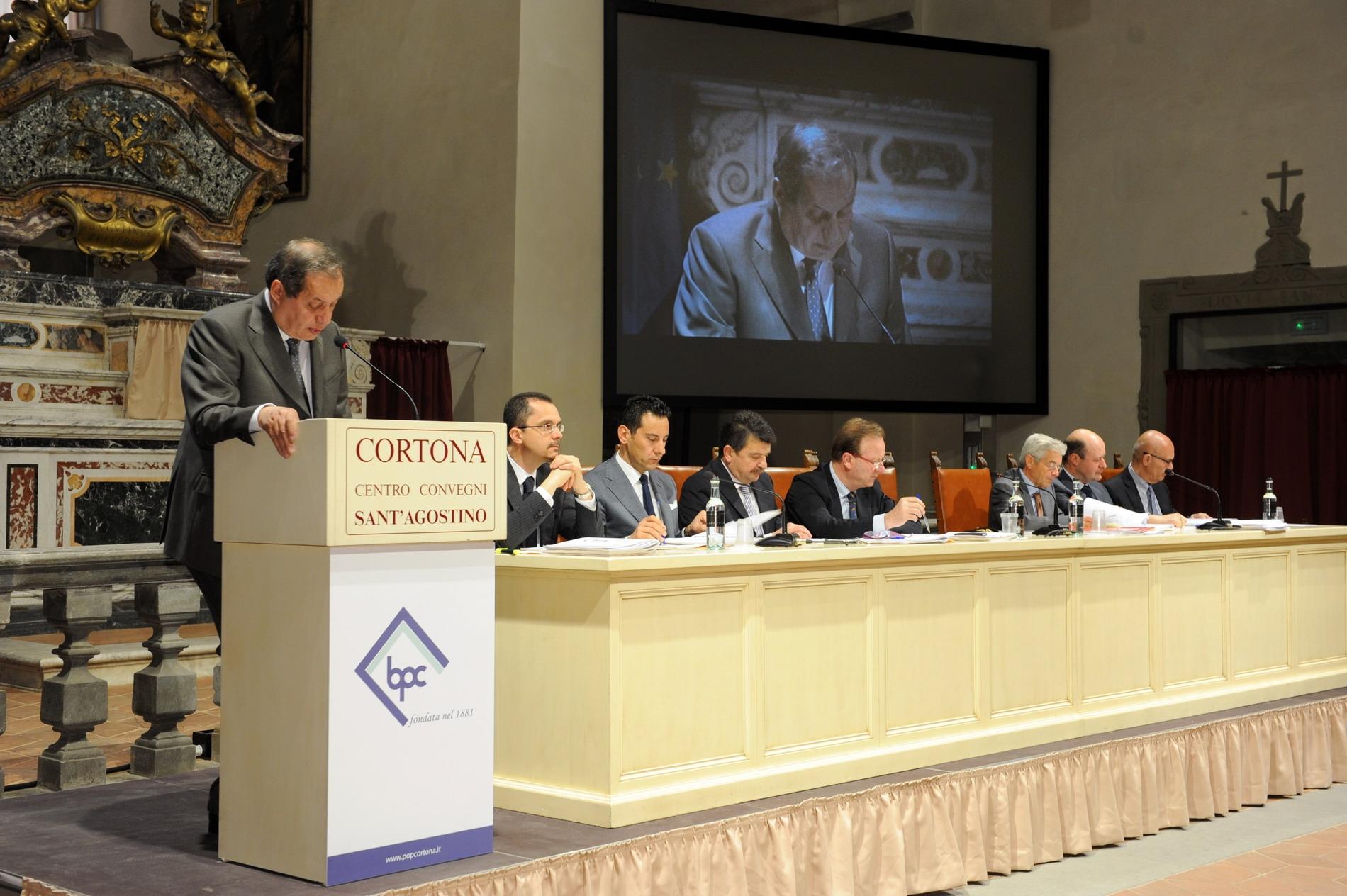 Cortona, l'assemblea di Banca Popolare approva il bilancio 2011