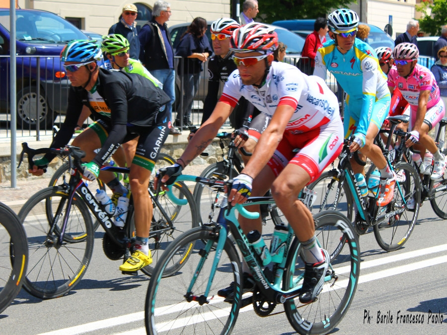 Giro d'Italia a Castiglioni: le foto