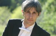 Francesco Attesti  premiato in Argentina
