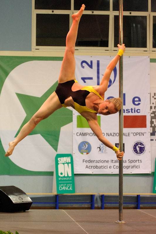 Sara Brilli seconda al campionato italiano Pole Gymnastic