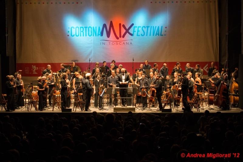 Cortona Mix: successo anche per Bollani e l'Orchestra della Toscana