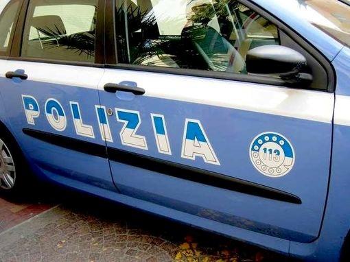 Rubano in una ditta di Cortona, arrestato rumeno