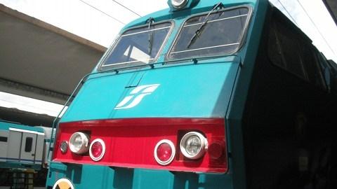 Intercity 596 e carrozze mancanti: nuove proteste dei pendolari