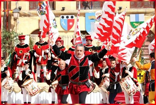 Sbandieratori di Castiglion Fiorentino: il 2013 inizia a Madrid