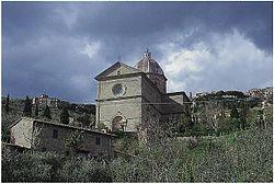 Calcinaio: Don Ottorino Cosimi risponde ai commentatori di Valdichianaoggi
