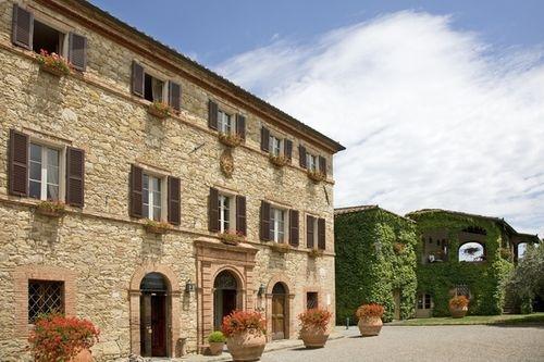 I profumi della primavera a Borgo San Felice