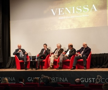 GUSTOCORTINA CREA IL CORTINA WINE CLUB