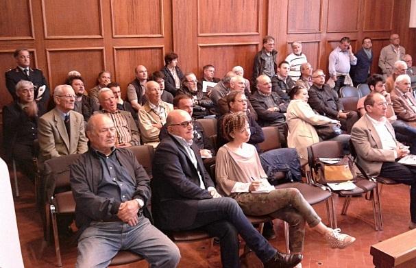 Castiglioni, la minoranza sbatte la porta