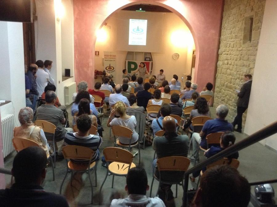 Arezzo per Civati, successo di presenze per l'incontro con Rita Castellani