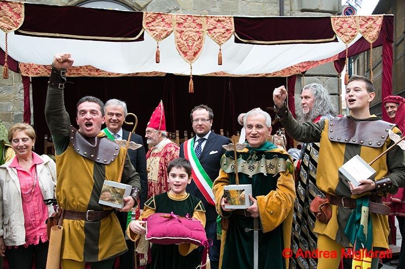 Cortona, nel ventennale dell'Archidado la vittoria va a Sant'Andrea