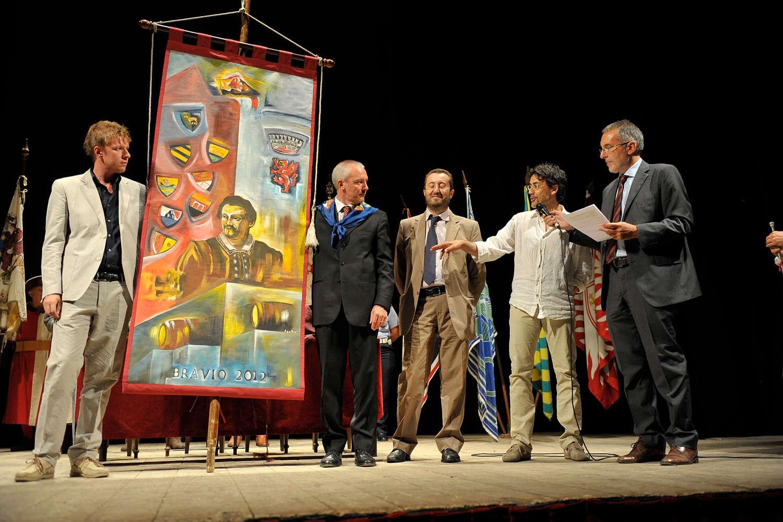 Montepulciano: il Bravìo 2013 sarà ispirato a De Chirico