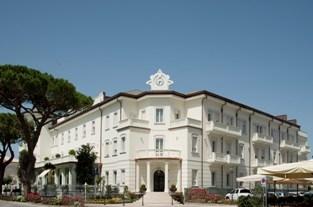 FERRAGOSTO AL GRAND HOTEL LEONARDO DA VINCI DI CESENATICO