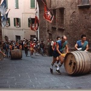 Rimandato il Bravio delle botti a Montepulciano
