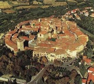 Lucignano, il Consiglio Comunale avvia la richiesta di fondi statali per la riqualificazione del centro storico