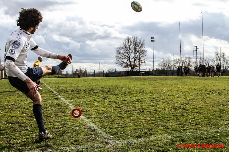 Rugby: il Clanis, decimato dalle assenze, soccombe a Firenze