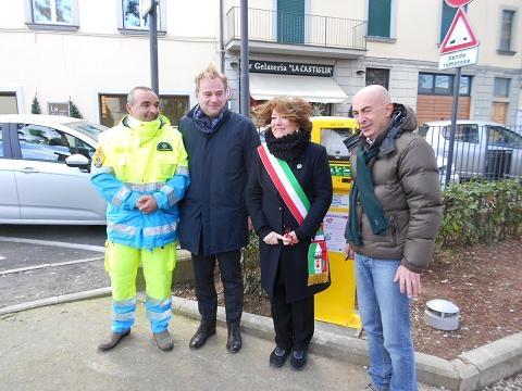 Un nuovo defibrillatore ai Giardini di Monte San Savino