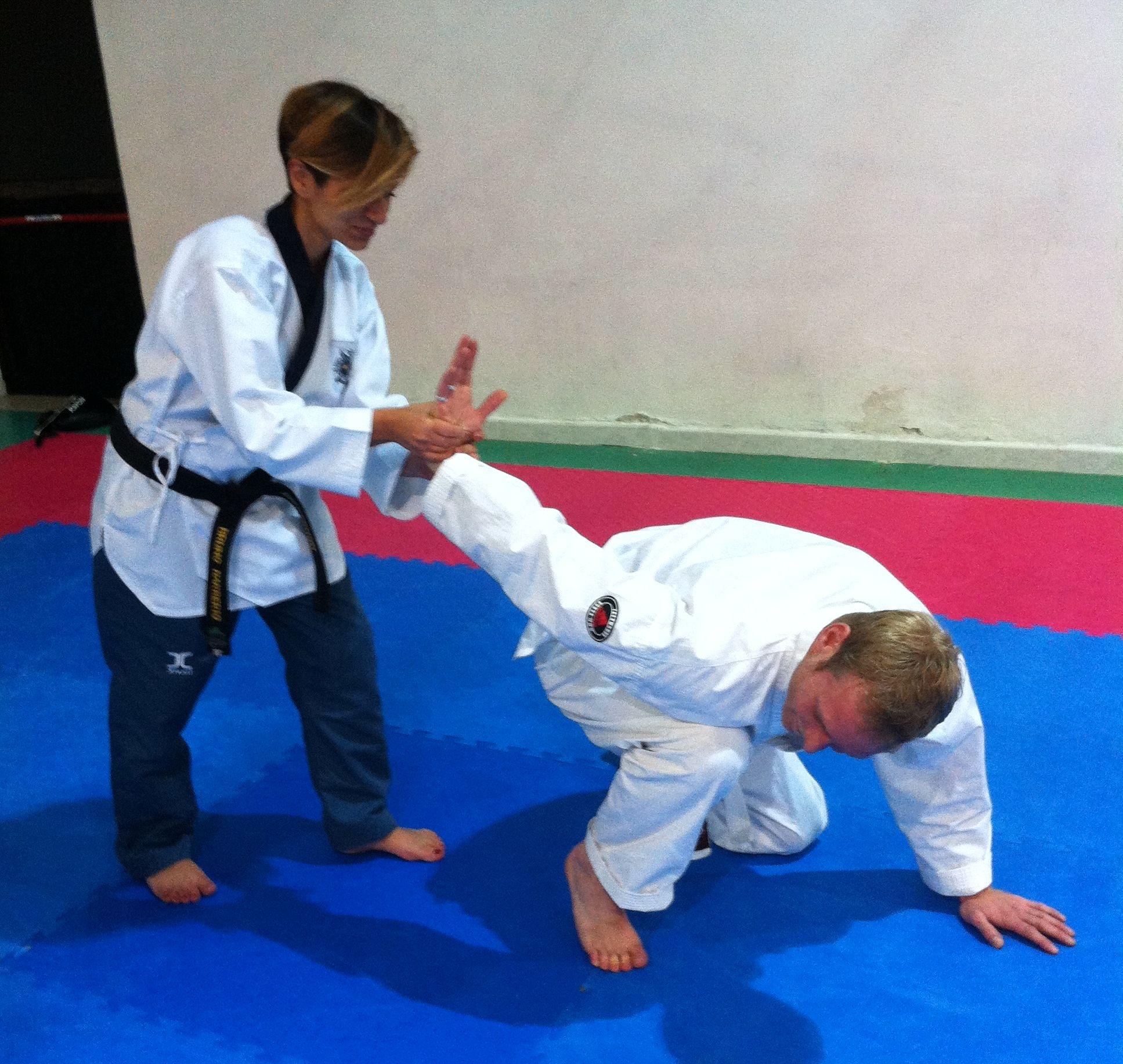 Kouros Taekwondo propone Corso di Difesa personale