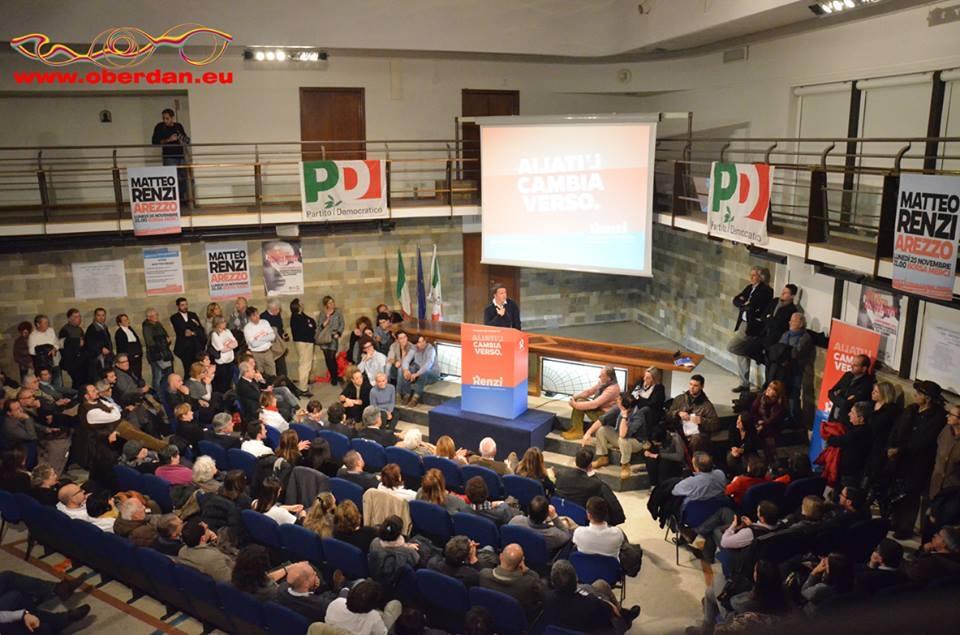 Anche da Cortona in tanti ad Arezzo per Matteo Renzi