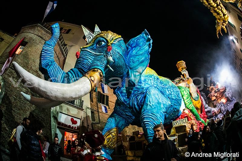 Scattato il Carnevale di Foiano: ecco i carri!