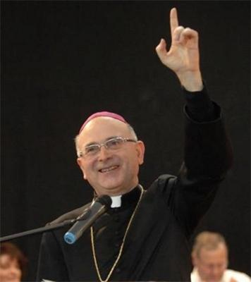 L' Arcivescovo Castellani sull'omosessualità: