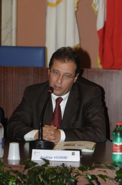 Cortona: Vignini ritira le deleghe all'Assessore Petti