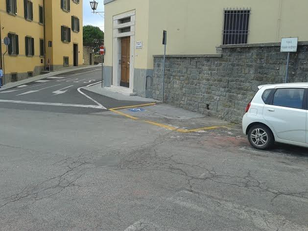 Lega Nord chiede maggiore attenzione per l'incrocio fra Via Battisti e Via Severini a Cortona